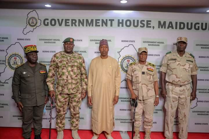 Zulum receives Cameroonian 4th region military commander.