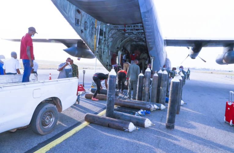 Covid-19: NAF Distributes More Liquid Oxygen To Isolation Centres In Abuja.