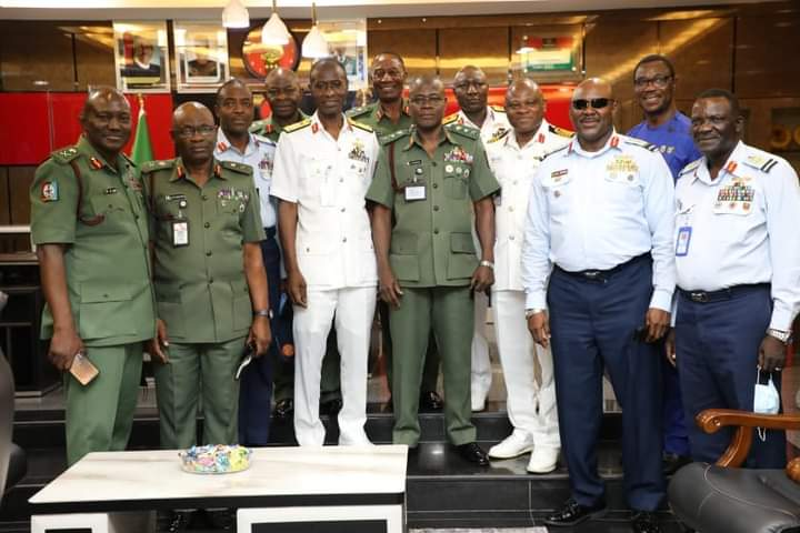 MEMBERS OF 37 REGULAR COURSE VISIT COAS, ASSURES OF SUPPORT.